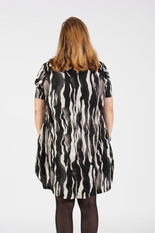 Esther zebra